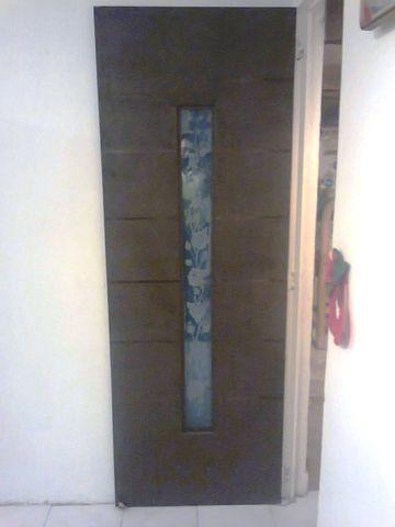 Puerta de cocina dise o minimalista con grabado herreria for Puerta herreria minimalista