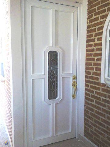 Puerta monumental con vitral herreria y aluminio san pablo - Fotos puertas de aluminio ...